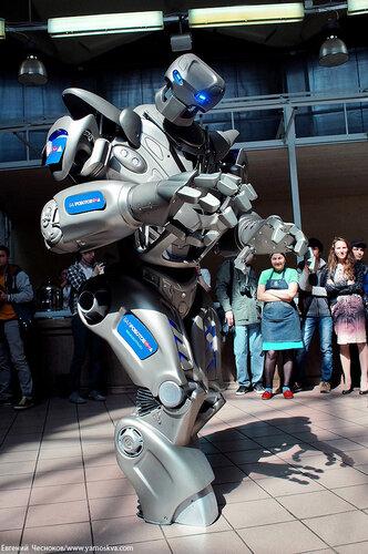 Весна. Даниловский. Робот Титан. 12.05.14.11..jpg