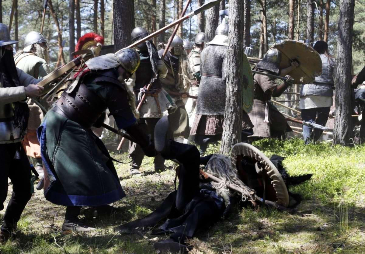 Праздник допотопных уродцев: Чешские зльфы, гоблины и орки в войне на истребление друг друга (18)