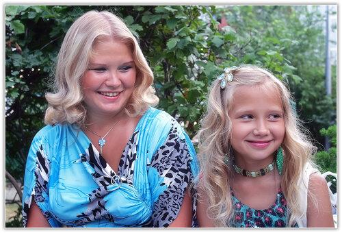 Две блондинки