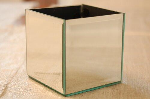 Декор из зеркальных плиток
