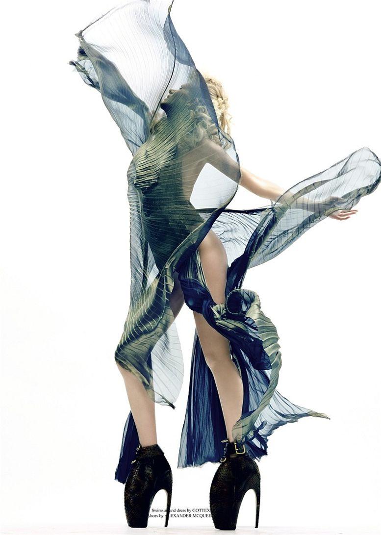 модель Алена Османова / Alyona Osmanova, фотограф Christian Anwander
