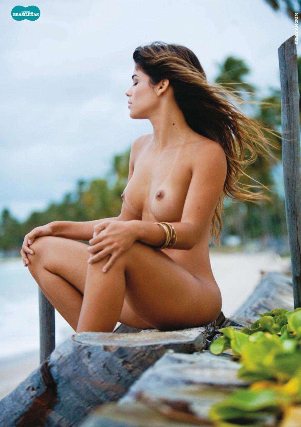 бразильские девушки / Especial Brasilenas in Playboy Spain january 2011 - Kelly Amorim