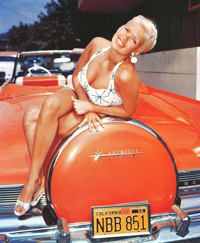 Jayne Mansfield with a 1956 Lincoln Premiere.