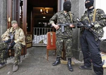 Сепаратисты захватили здание луганской прокуратуры
