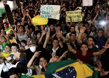 В Бразилии проходят протесты против проведения Кубка мира по футболу