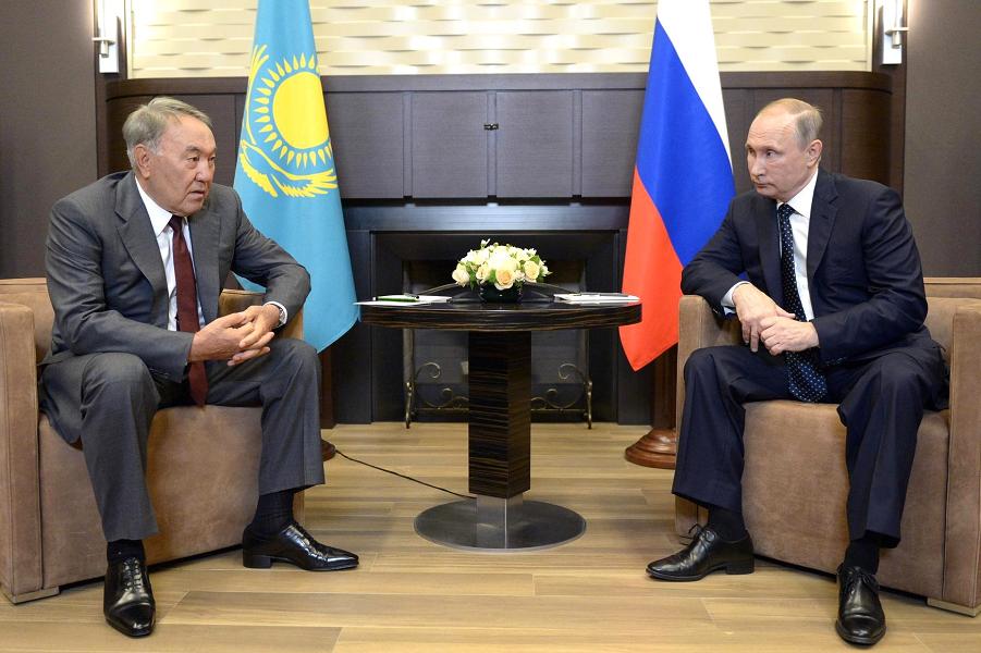 Встреча Путина с Назарбаевым в Сочи 16.08.16.png