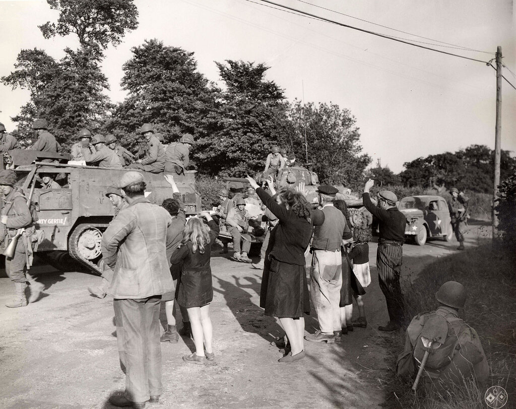 Collection Rodger Hamilton: The War Photoshttp://wosu.org/2012/archive/hamilton/gallery.php?page=gallery1French civilians welcome the yanks. Note name of armored vehicle: