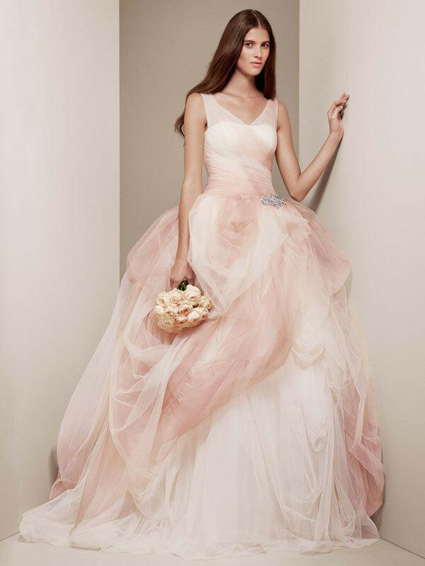 Дизайнерское платье на прокат