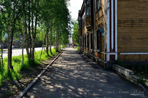 Фотография Инты №7761  Юго-восточный угол Кирова 32 21.06.2015_13:44