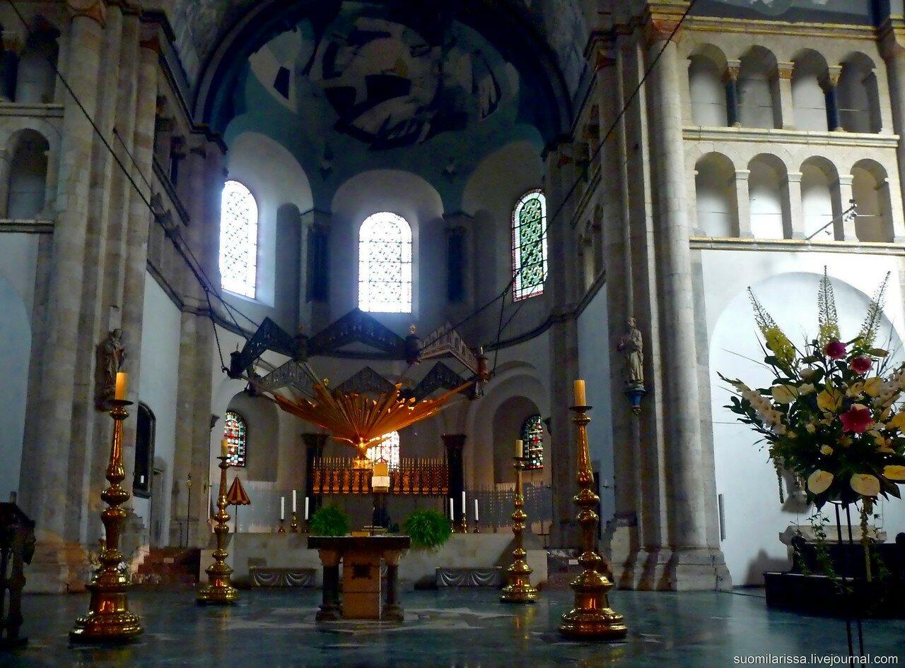 Церковь Св. Апостолов.