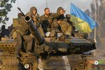 кто их звал идти на жителей Донбаса.jpg