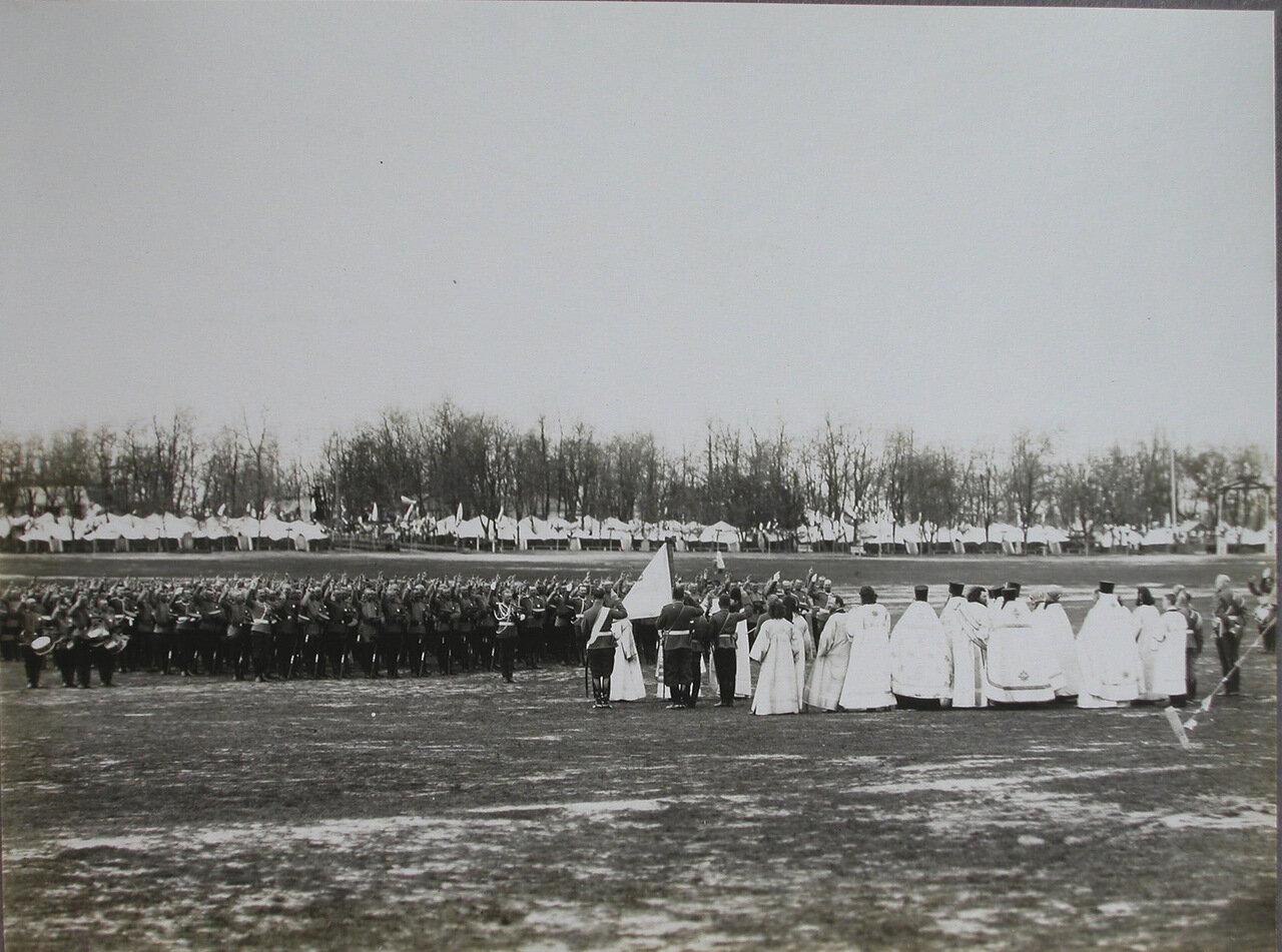 05. Священнослужители и войска гарнизона Киевского военного округа на плацу перед началом парада