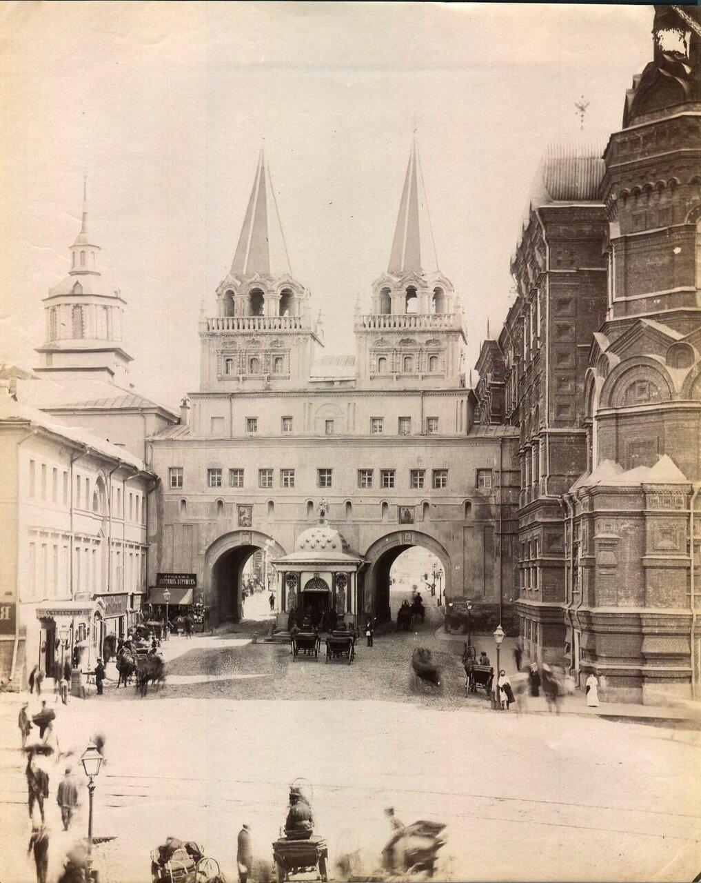 595. Иверские ворота и часовня