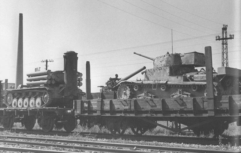 """угадал zerus36  """"танк на дровах. газогенератор на дровах для учебного танка. что бы горючку не жечь..."""
