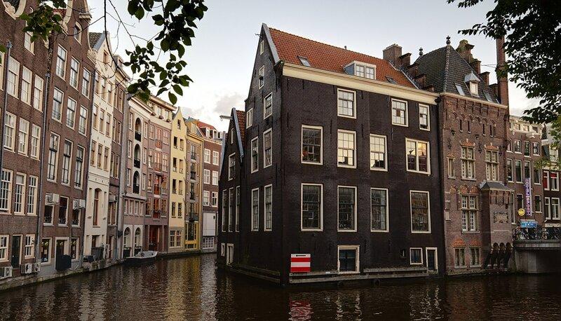 Дом над водой