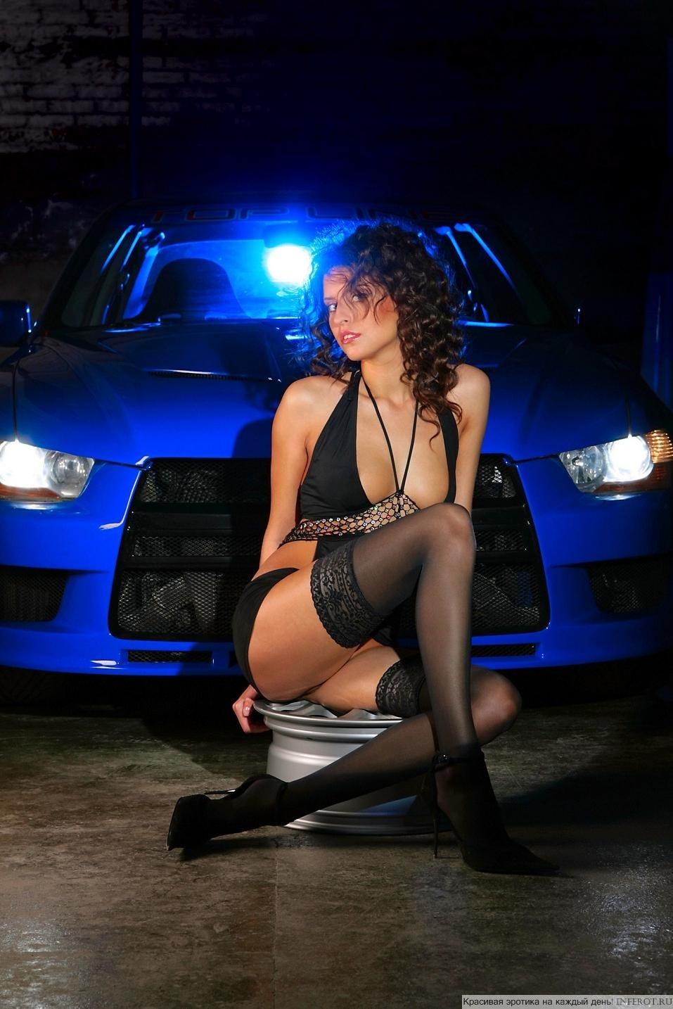 Сексуальная реклама Mitsubishi Lancer (20 фото)