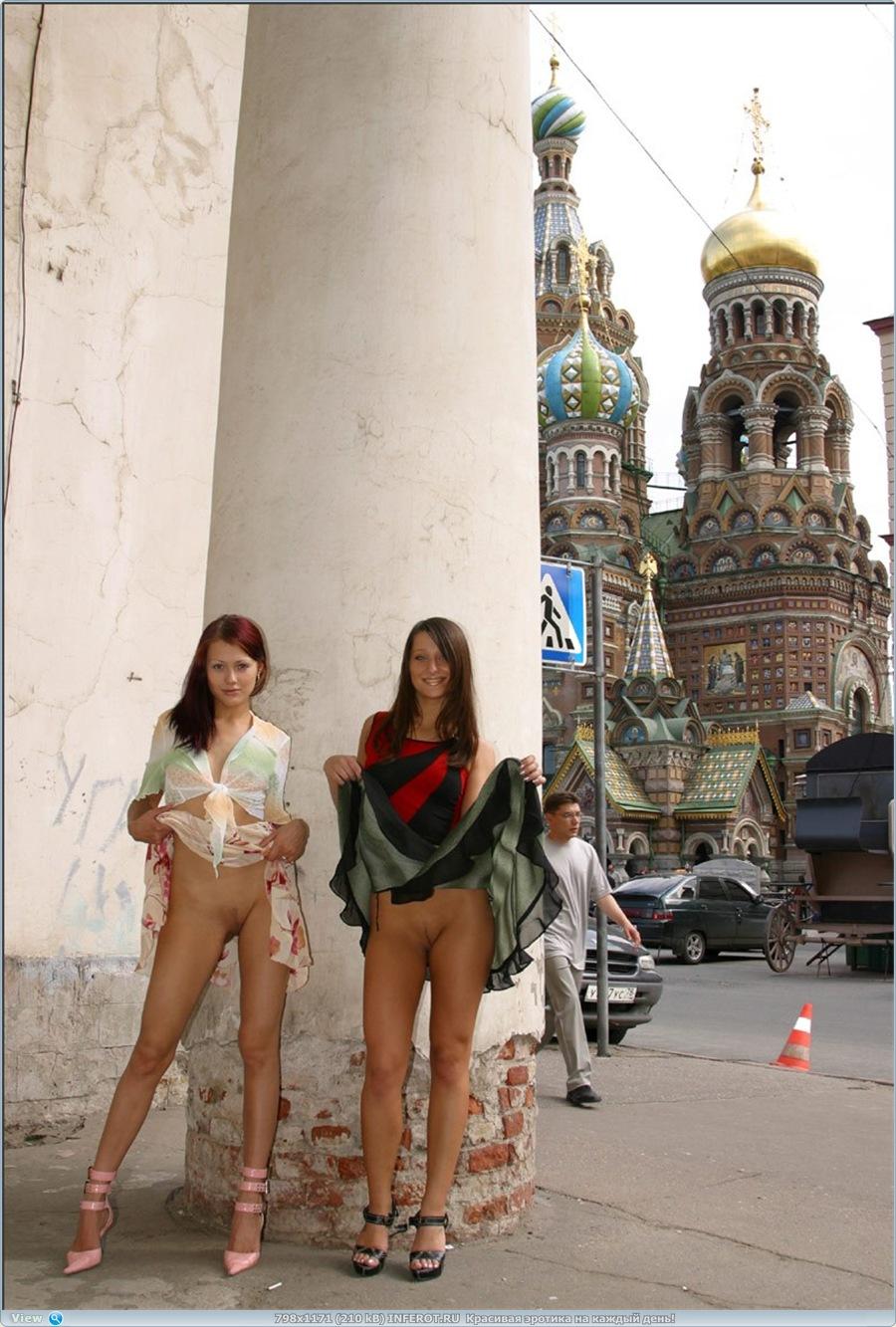 Девчонки по улицам гуляли... (15 фото)
