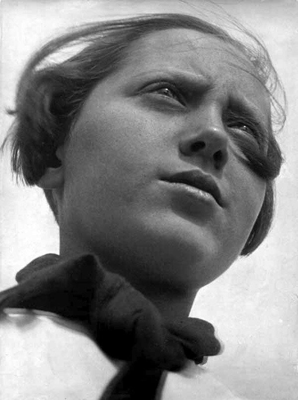 Alexander Rodchenko, пионерка 1930