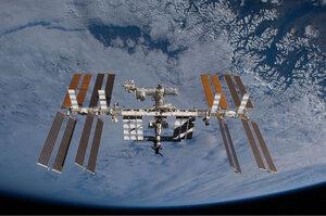 На МКС прошел эксперимент с водой