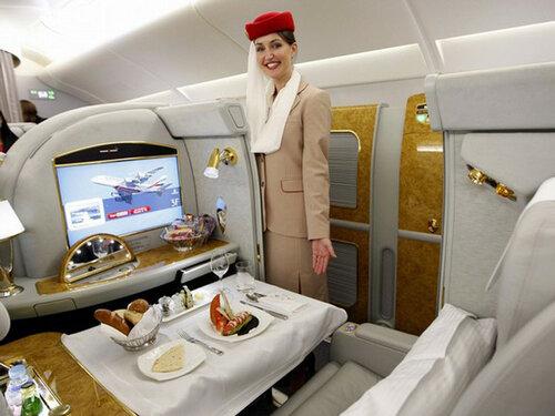 Блогер ощутил всю роскошь перелёта в Абу-Даби за $ 32 тысячи