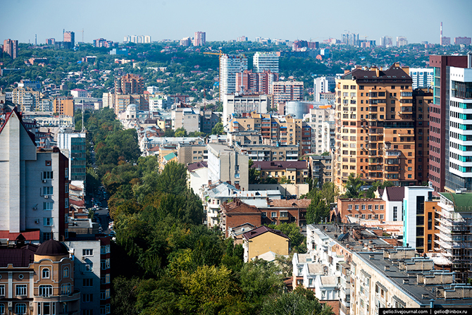 Бульвар на Пушкинской улице.
