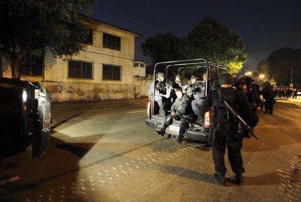 Anti-riot personnel prepare to secure Ma