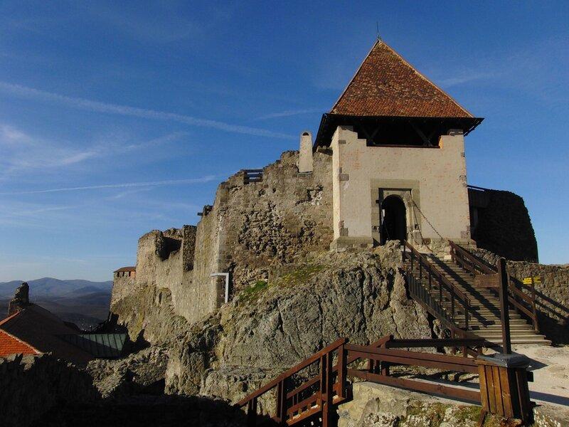 Дворец 13 века