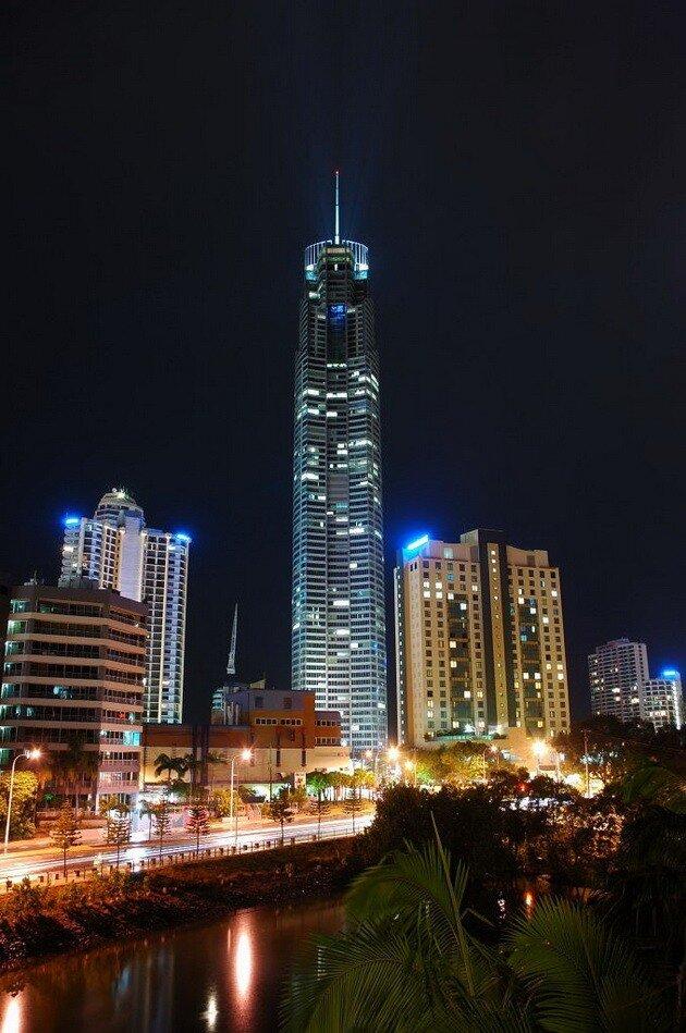 Небоскреб Q1 Tower. Австралия