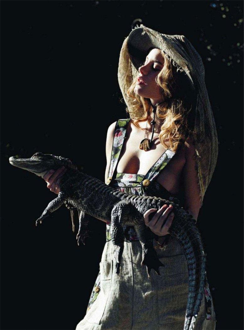 модель Камиль Роу / Camille Rowe, фотограф Matthew Frost