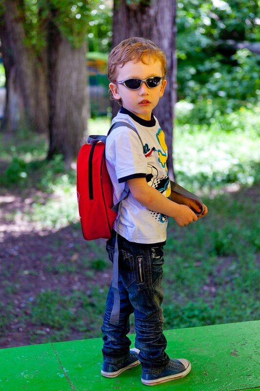 шпион агент джеймс бонд ребенок мальчик