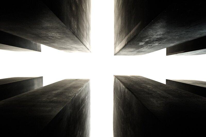 Cross © Alexandre Buisse.Berlin