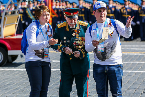 2015 Moscow Victory Day Parade: - Page 16 0_22b871_2db54c51_L
