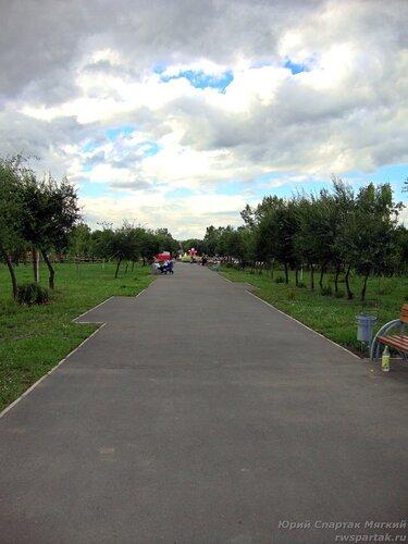 20110821 - Парк в МПС19