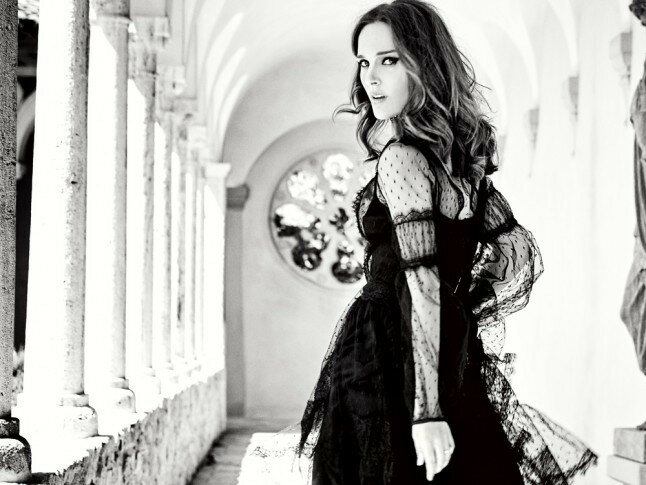 Natalie-Portman-Marie-Claire-UK-2015-Cover-Shoot03-800x1444.jpg