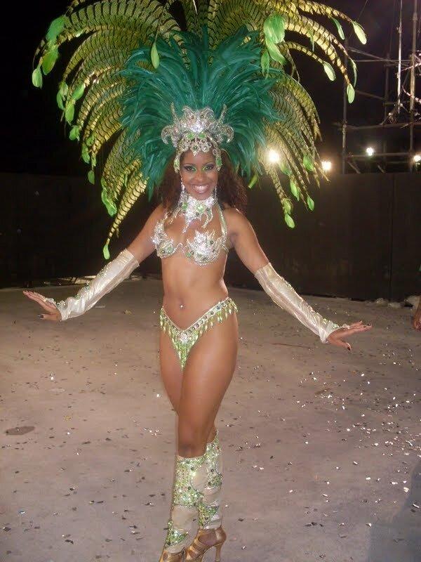 Бразильский карнавал костюмСделать переноску своими руками