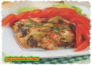 Закуска с мясным паштетом и оливками