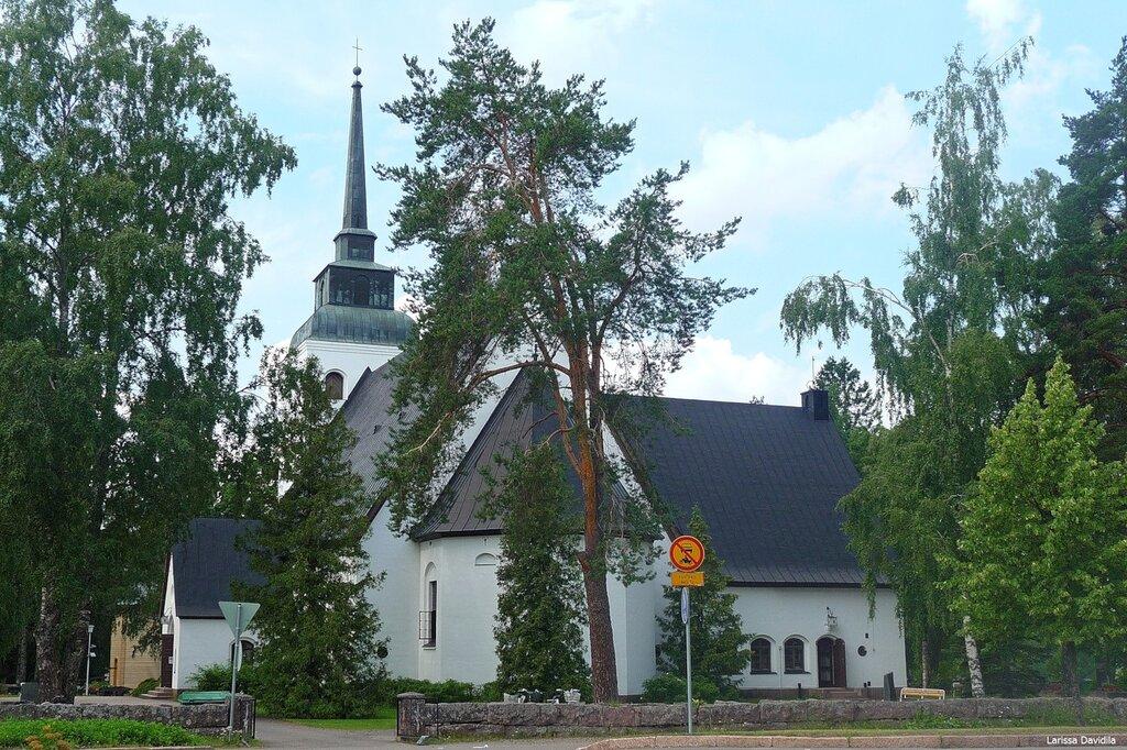 Финляндия. Лютеранская церковь в Валкеала.