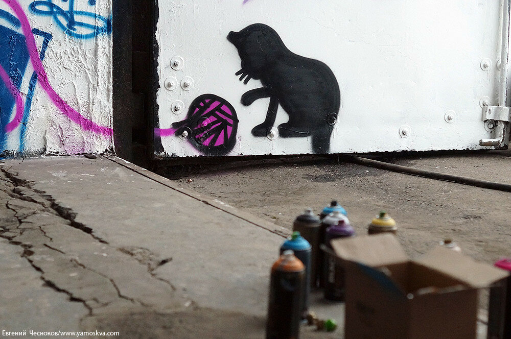 Лето. ЗИЛ. граффити. 23.07.15.17..jpg