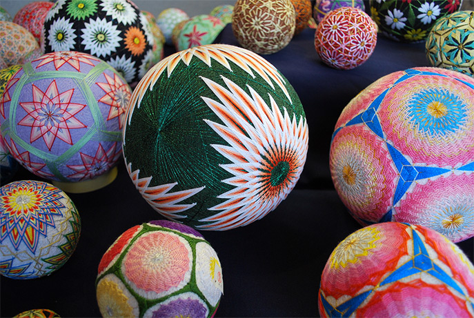 Temari balls are a form of folk art that originated in China and were introduced to Japan in the 7th