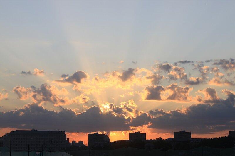 Воскресный закат на Тушинском аэродроме
