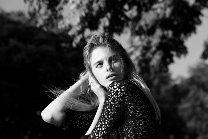 модель Эшли / Ashley, фотограф Grant Yoshino