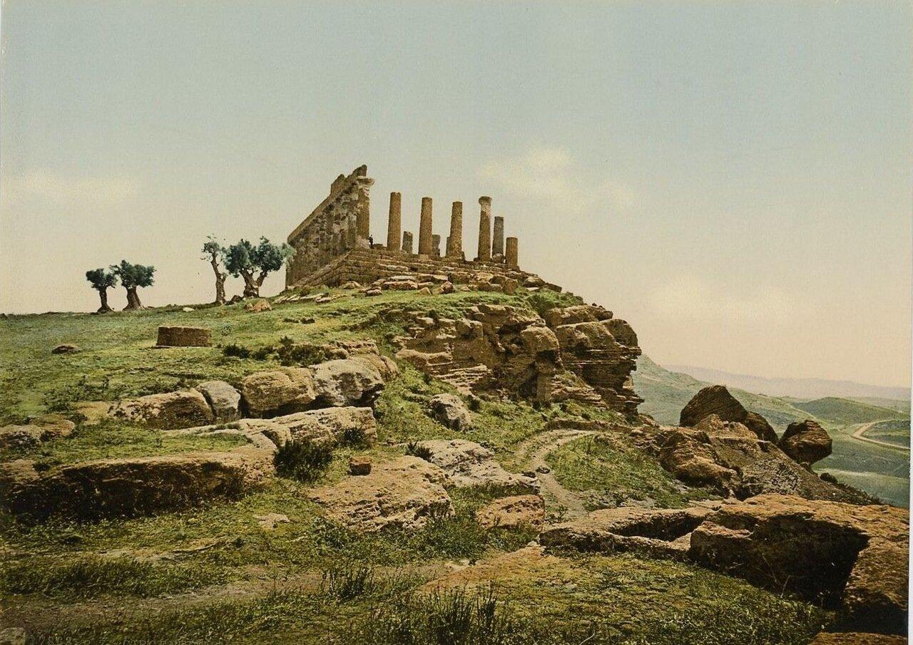 Агригентум. Храм Лацинии