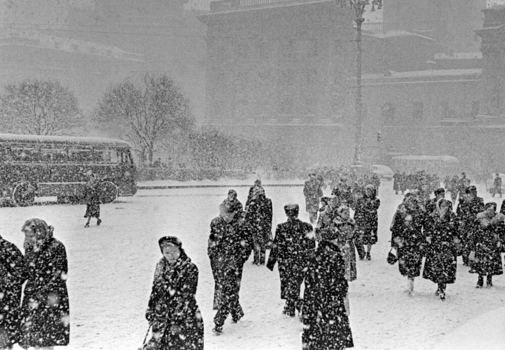 1951. Зимний день в Москве