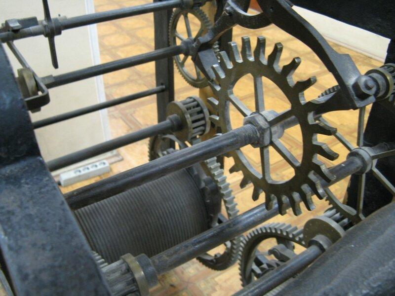 Часы в РГГУ (Фото 3)