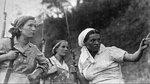 Девушки-партизанки на боевом задании. Август 1941 г..jpg
