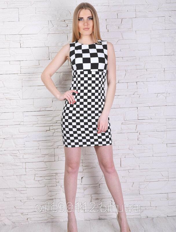 Платье  в чёрно-белую клетку двух размеров