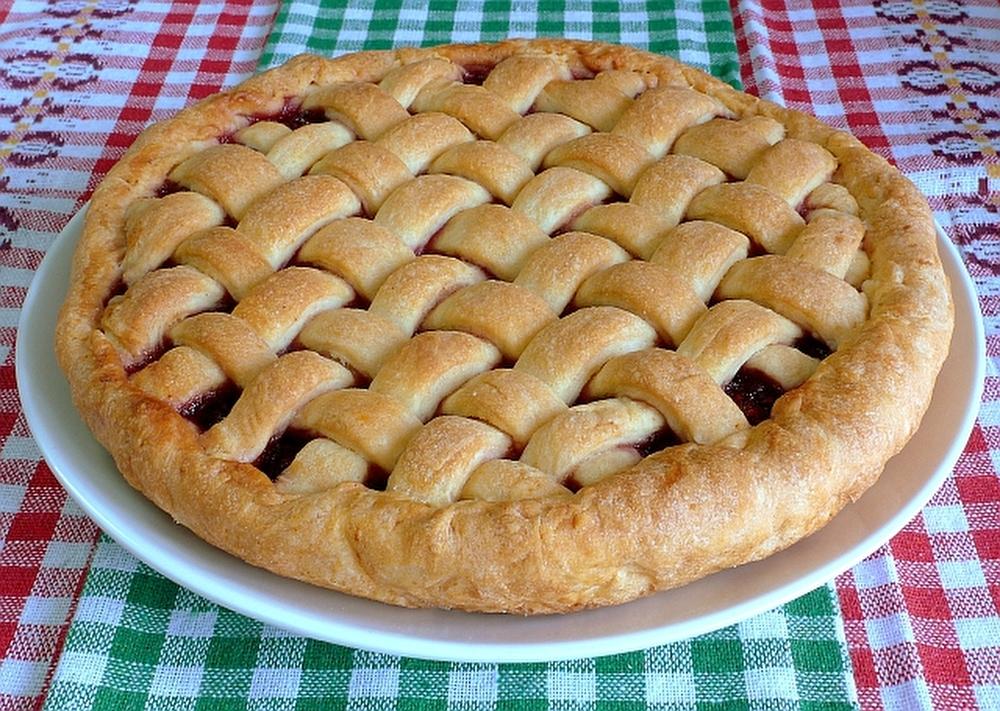 Лимбургский флай (Лимбург, Нидерланды) Слово «флай» происходит от круглой плоской основы пирога, наз