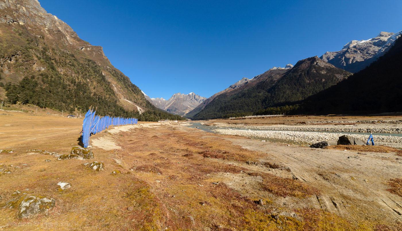 Фотография 22. Долина Yumthang Valley на севере штата Сикким. Отчеты о путешествии по Индии дикаярми. 22.0, 1/50, 160, 14.
