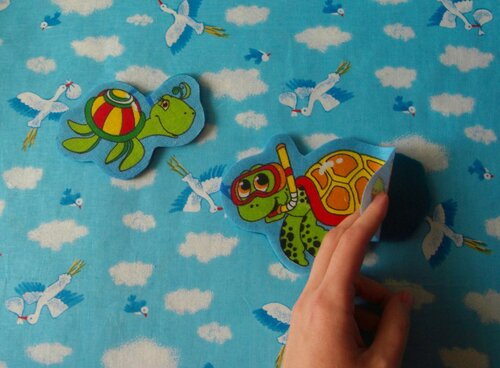 Сделать развивающий коврик своими руками... инструкции по шитью главных героев