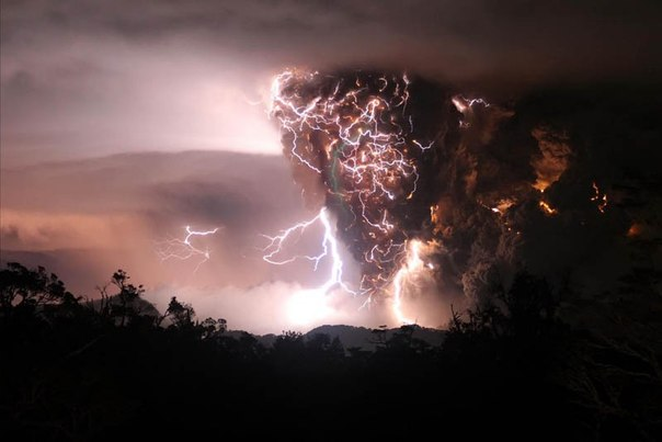 Красивые фотографии: извержения вулканов 0 10f55f f3c55ab1 orig